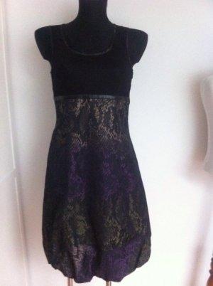 Kleid mit Rockteil in Schlangenoptik