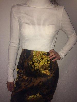Kleid mit Rollkragenpullover