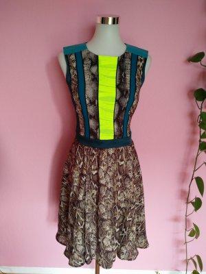Kleid mit Schlangenmuster von Marcel Ostertag, bunt (K2)