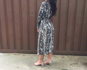 Kleid mit Schlangenoptik