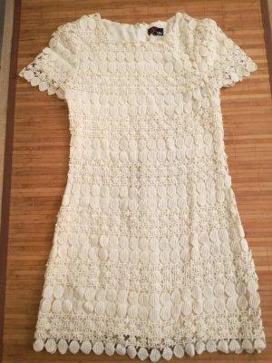 Kleid mit sehr schönen Mustern