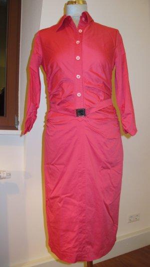 Kleid mit Seitenraffung