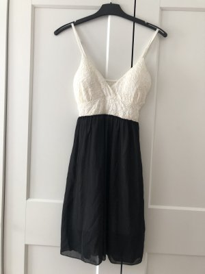 Robe chiffon noir-blanc