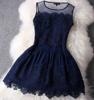 Kleid mit Spitze Blogger Trend Blickfang