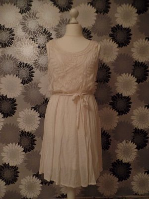 Kleid mit Spitze in weiß, Hippielook, knielang, von DEPT, XL