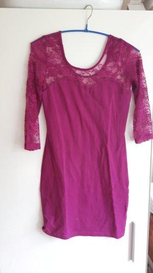 Kleid mit Spitze, lila pink