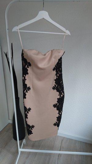 Kleid mit Spitze von AX Paris