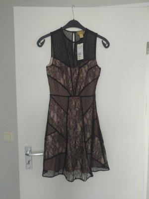 Kleid mit Spitze von H&M
