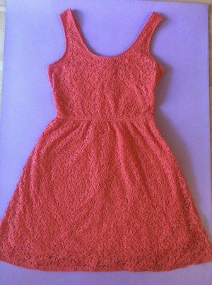 Kleid mit Spitze von Massimo - aus den USA
