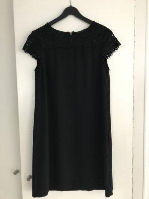 Kleid mit Spitzenbesatz von Zara - Gr. M