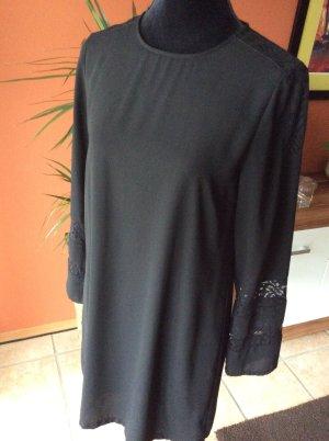 Kleid mit Spitzenbesatz von Zara in schwarz Gr.M