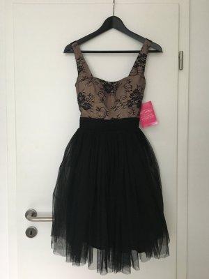 Kleid mit Spitzenoberteil und Tüllrock