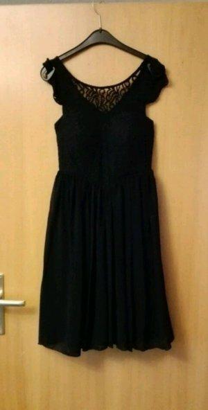 Kleid mit Spitzentop