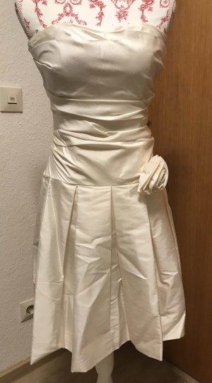 Kleid mit Stola