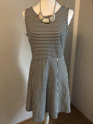 Kleid mit streifen ohne Kette