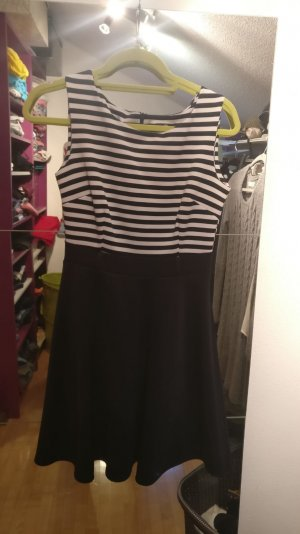 kleid mit stripes