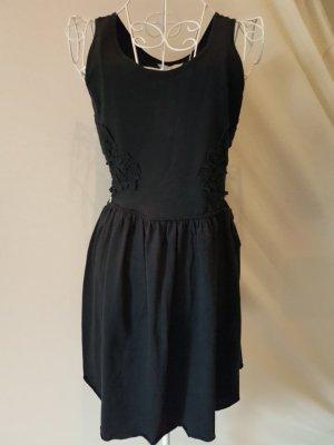 Kleid mit Taillenausschnitt, Blumenspitze, dunkelblau Gr.40