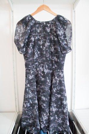 Kleid mit Tiermuster von H&M, Neu mit Etikett!