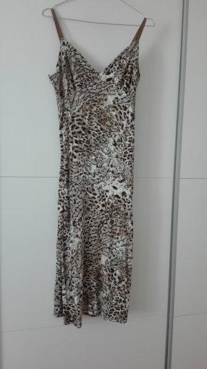 Kleid mit Tiger Print für heiße Sommerpartys