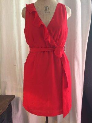 Kleid mit Volant in tollen Rot, sexy und angezogen in Wickeloptic