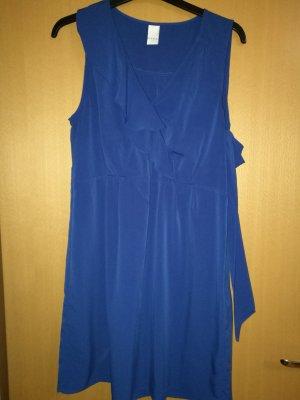 Kleid mit Volants -vila