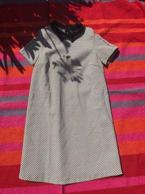 Kleid Muster kariert Kragen Lederimitat