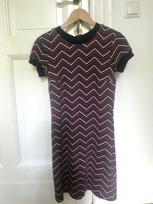 Kleid Muster Strick schwarz rot blau S