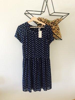 Kleid, neu mit Etikett