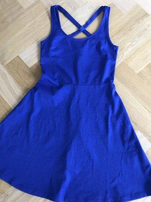 Kleid neu und ungetragen zu verkaufen!