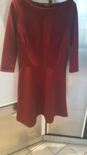 Kleid Neu ungetragen Größe 42