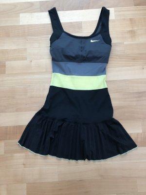 Kleid Nike (XS)