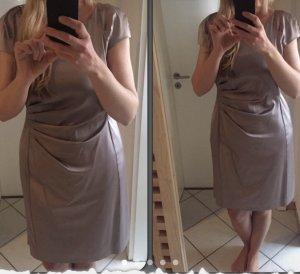 Kleid nur für paar Stunden getragen