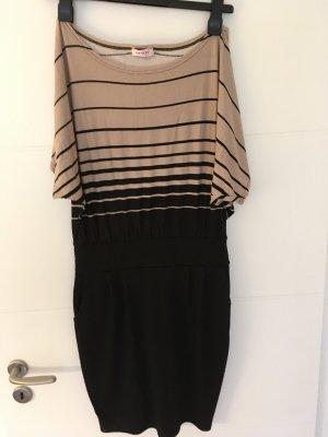 Kleid Offshoulder mit Materialmix