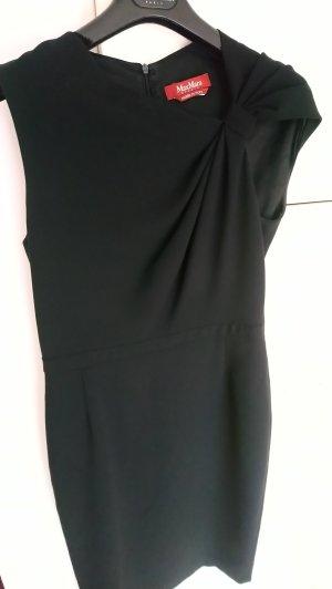 Kleid ohne Ärmel, schwarz, mit auffallendem Auschnitt, Gr. 40