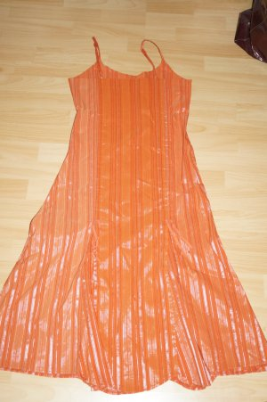 Kleid, orange mit Silberfäden