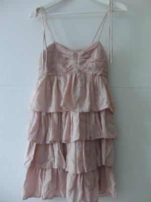 Kleid rosé-farben mit Rüschen