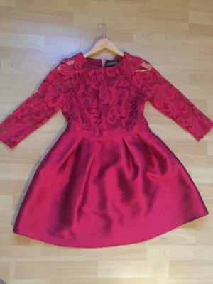 Kleid Rot Größe 40 !! top Zustand !!!