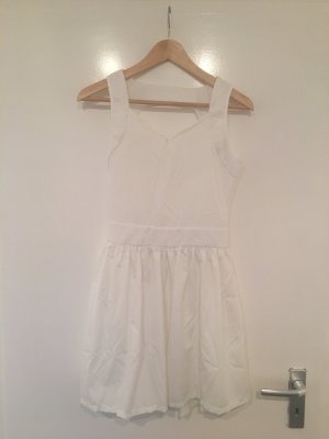 Kleid Rückenausschnitt