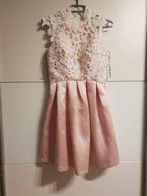 Kleid (rückenfrei)