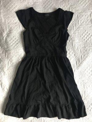 Kleid Rüschen Volant