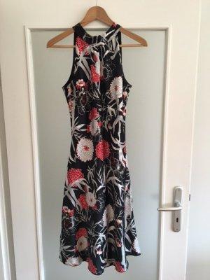 Kleid s.oliver, Größe 36, fließend mit Blumenmuster