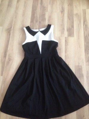 Kleid schick und elegant Gr.36 *nur ein paar mal getragen, wie neu aus dem Laden*