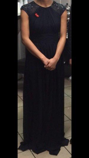 Kleid Schultern mit Perlen