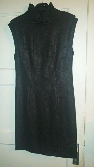 Kleid schwarz glänzend gewachst