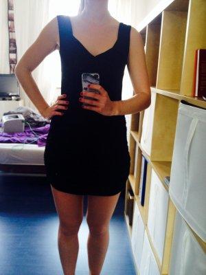 Kleid schwarz, Gr. S Kleid schwarz, Gr. M
