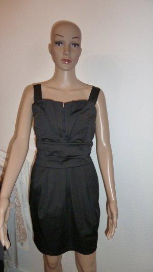 Kleid schwarz ital. Model
