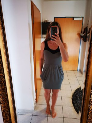 Kleid schwarz-khaki