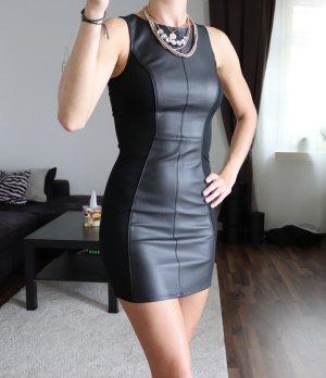 Kleid schwarz Kunstleder Gr. 32 H&M