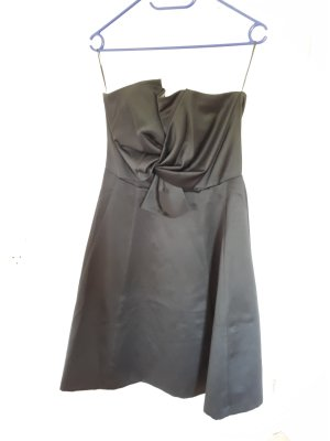 Off-The-Shoulder Dress black