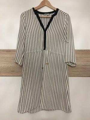 Kleid schwarz-weiß gemustert